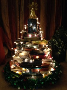 book-christmas-tree-step-6